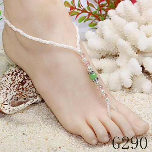 Made-to-measure with the 14K Gold Freshwater Pearl anklets and even toe rings