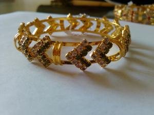 2013, Korean version of claw chain bracelet Bangle gold plated bracelet rhinestone bracelet