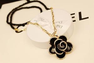 Female short black rose flower necklace collar chain necklace