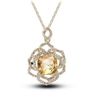 Hot blast Austria Crystal pierced female short clavicle rose necklace chain