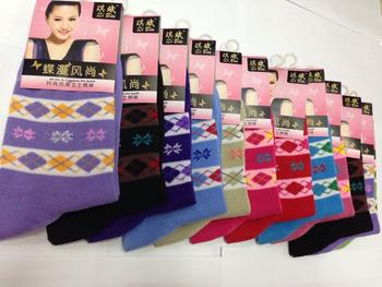 Boutique women socks, 80% cotton, diamond check patterns, bright colors, factory wholesale
