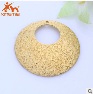 New DIY hollow wafer-concave pair of copper jewelry Yiwu jewelry Flash hole accessories beautiful jewelry