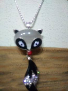 02X028 Korean fashion necklace jewelry painting oils female Fox sweater chain long necklace