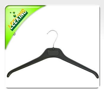 Plastic hanger hook hanger in black
