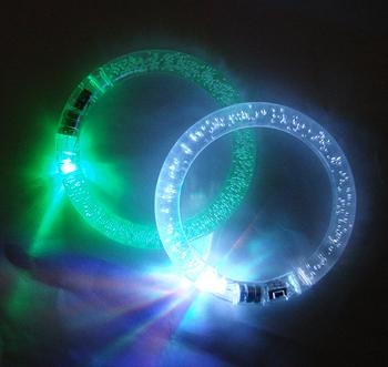 Manufacturers selling colorful light flashing LED cheer bracelet bracelets toy prop
