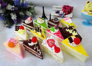 Model simulation of multi-layer triangular cake refrigerator dessert dessert shop decorative props early childhood toys